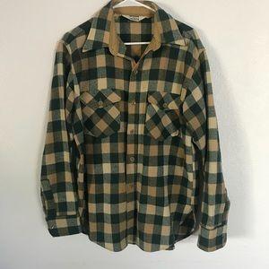 Vintage Woolrich Green Flannel Shirt Size L.